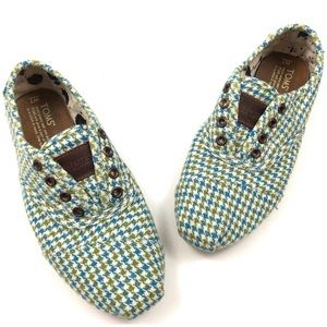 Toms Cordones blue and green houndstooth slip on